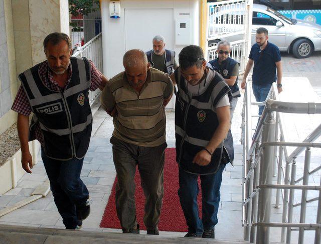 Yaşlı kadını evinde döverek öldüren 3 kişi tutuklandı