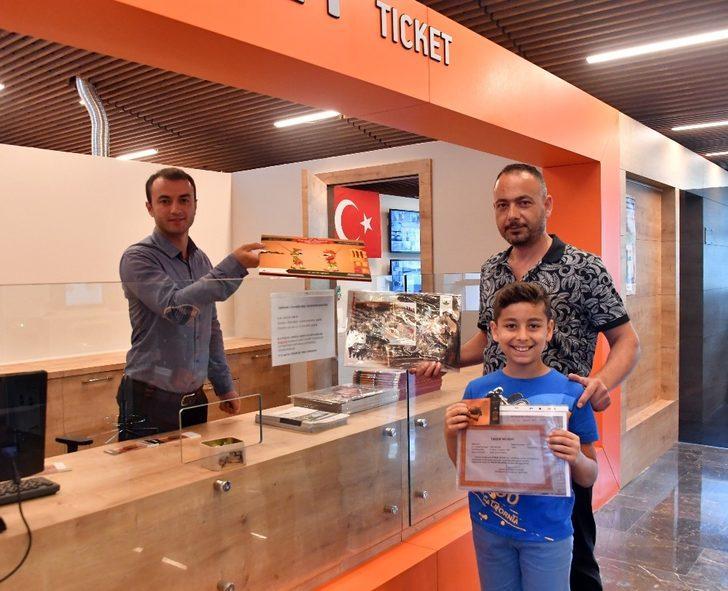 Osmangazi'den öğrencilere ücretsiz müze bileti