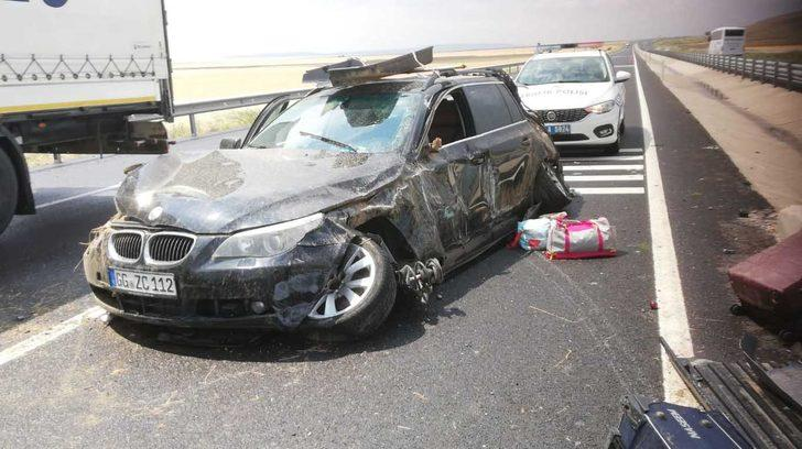 Iraklı ailenin otomobili takla attı: 5 yaralı