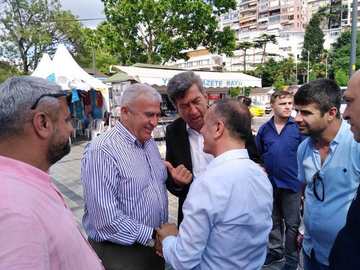 Efeler Belediye Başkanı Atay, Üsküdar'da seçim çalışmasına katıldı