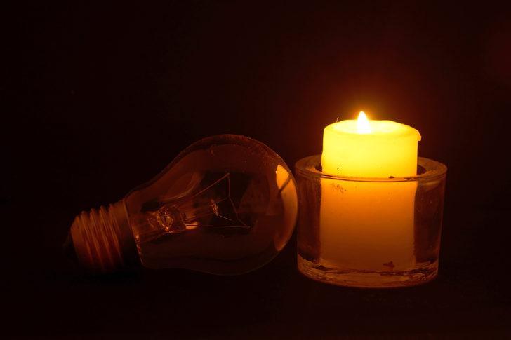 Güney Amerika kıtasındaki birçok ülkede elektrik kesintisi