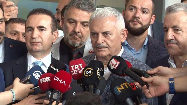 """Cumhur İttifakı İstanbul Büyükşehir Belediye Başkan adayı Binali Yıldırım, """"Cumhurbaşkanı Erdoğan ile yayından sonra telefonla görüştük. Eldeki imkanlarla yayının formatını bozmadan düşüncelerimizi adaylar olarak İstanbullularla paylaşmaya çalıştık. Yayın"""
