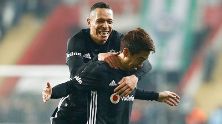 Abdullah Avcı, Adriano ve Kagawa'nın kalmasını istiyor