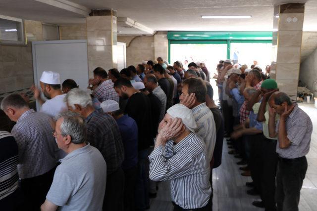 Keşan'da Mursi için gıyabi cenaze namazı kılındı