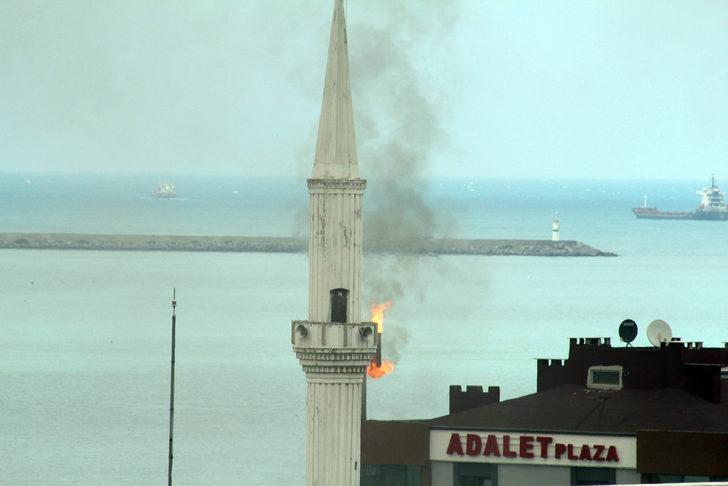 Baca yangınında, minarenin yandığını zannettiler