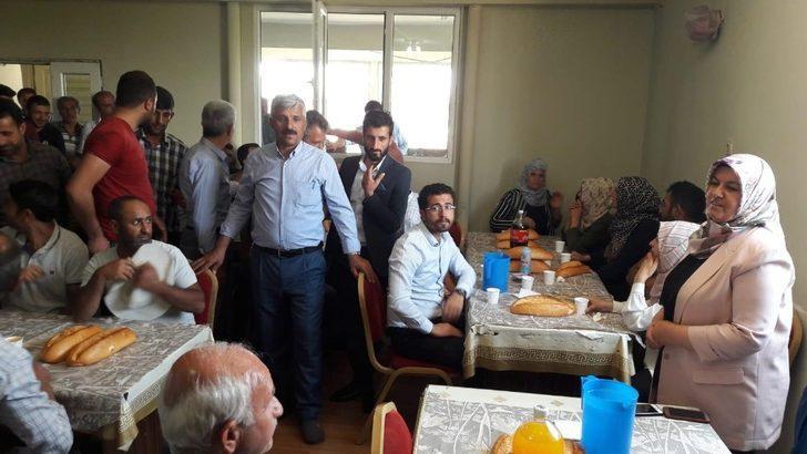 Başkan Çetin, personelle yemekte bir araya geldi