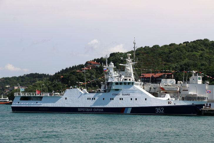 Rus sahil güvenlik botu eğitim amacıyla İstanbul'da