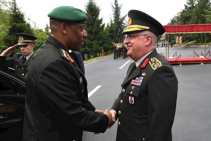 Genelkurmay Başkanı Orgeneral Güler, Ruandalı mevkiidaşını ağırladı