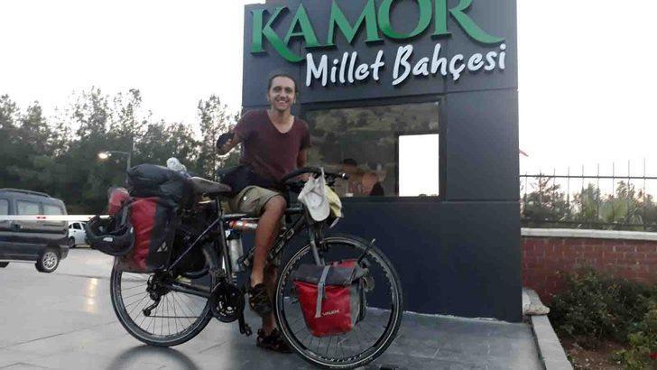 Bisikletiyle 10 ayda 52 il gezdi