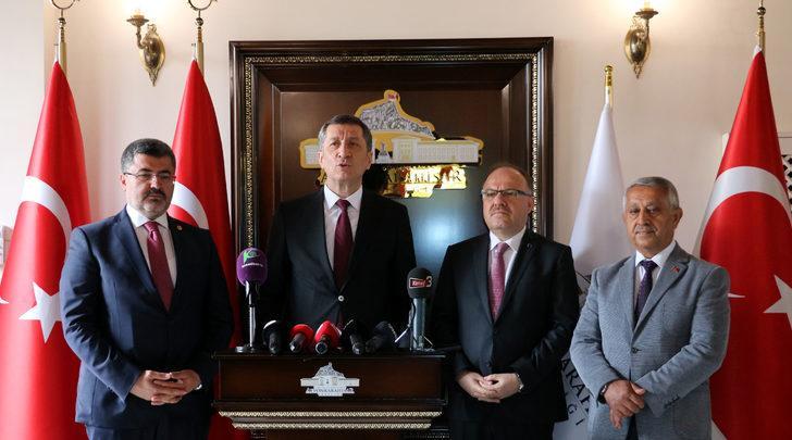 Milli Eğitim Bakanı Selçuk Afyonkarahisar'da