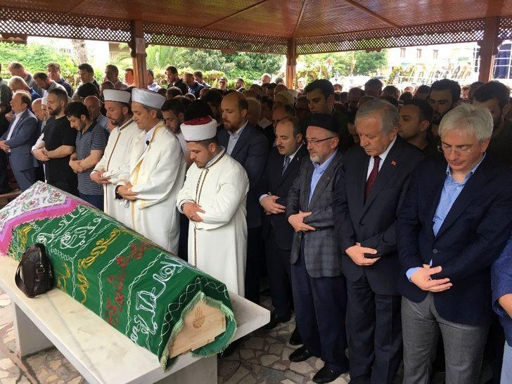 KARVAK Başkanı Yusuf Cevahir'in annesi Elmas Cevahir son yolculuğuna uğurlandı