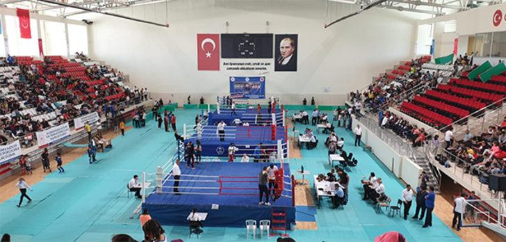 Türkiye Çocuklar Muaythai Şampiyonası Erzincan'da başladı