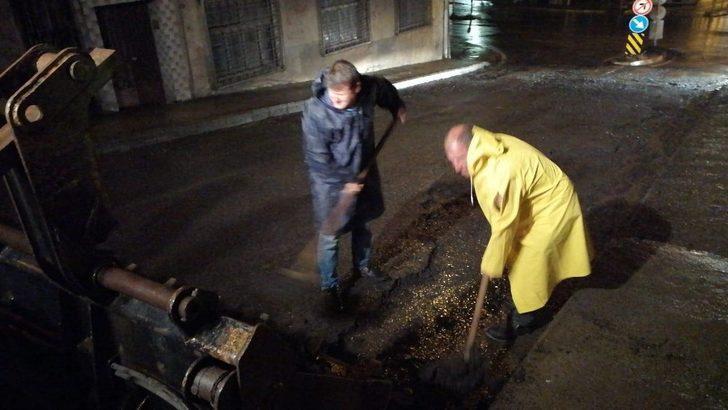Ortahisar Belediyesi gece boyunca yağmur sularıyla mücadele etti