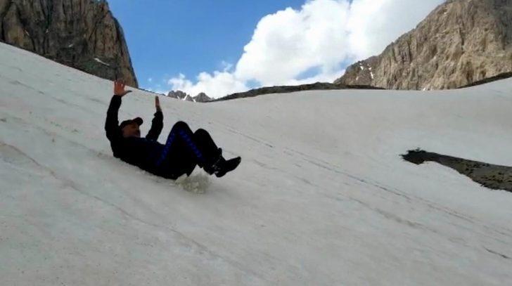 Erzincan'da haziran ayında kayak keyfi