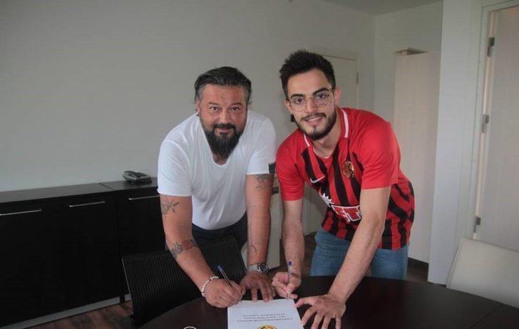Eskişehirspor'da 2 yıllık imza