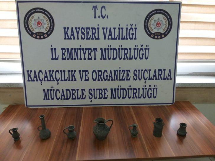Kayseri polisinden tarihi eser kaçakçılarına darbe