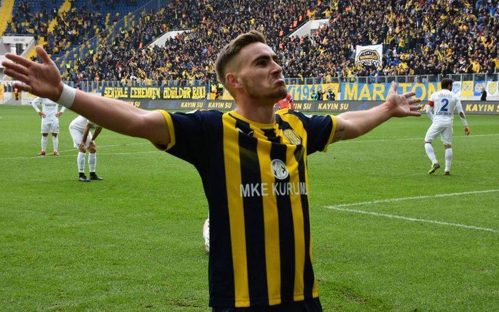 Beşiktaş yıldız forvetle anlaştı!