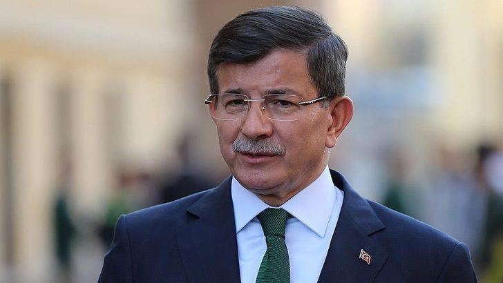 Ahmet Davutoğlu'ndan Ekrem İmamoğlu'na tebrik