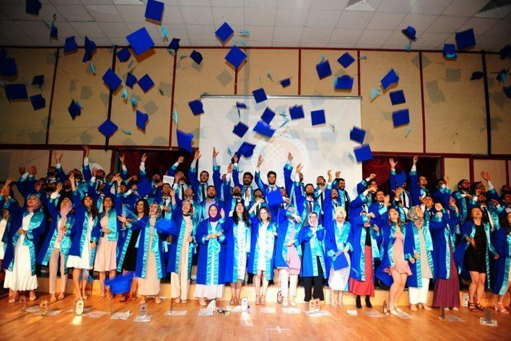 Van YYÜ Tıp Fakültesinde mezuniyet töreni