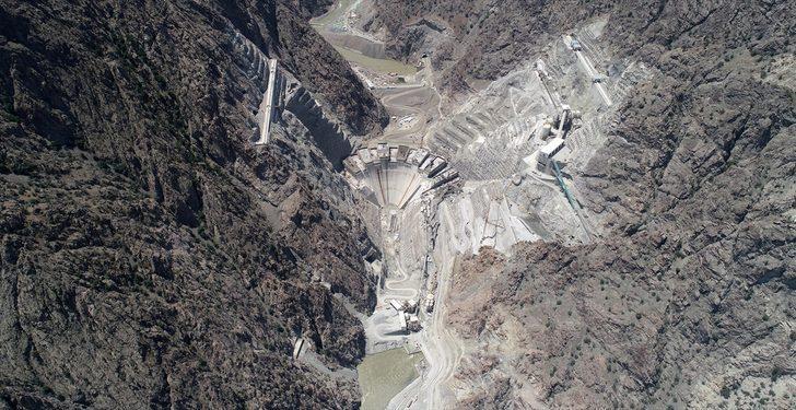 Dünyanın en yüksek üçüncü barajı Yusufeli barajında sona geliniyor