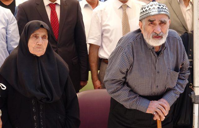 Şehit anne ve babasını duygulandıran görüntü