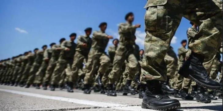 Yeni askerlik yasası Resmi Gazete'de yayımlandı!