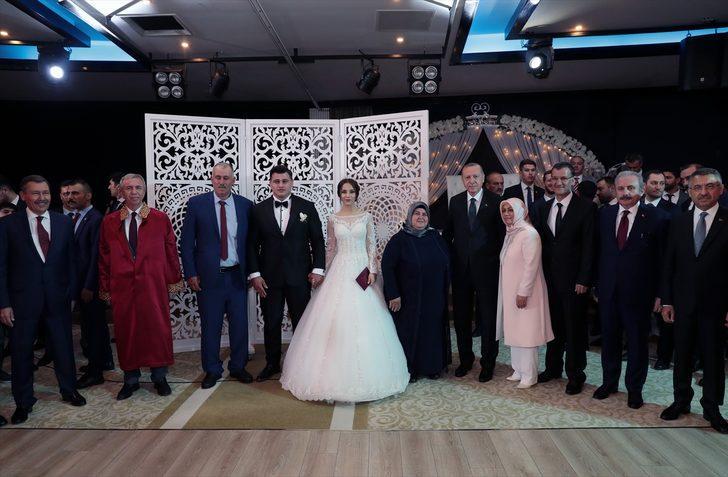 Milli güreşçi Rıza Kayaalp evlendi! Cumhurbaşkanı Erdoğan, Mansur Yavaş ve Melih Gökçek aynı kareye girdi