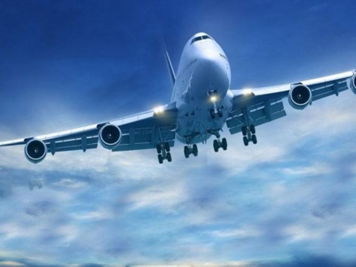 Rusya'da acil iniş yapan yolcu uçağı alev aldı