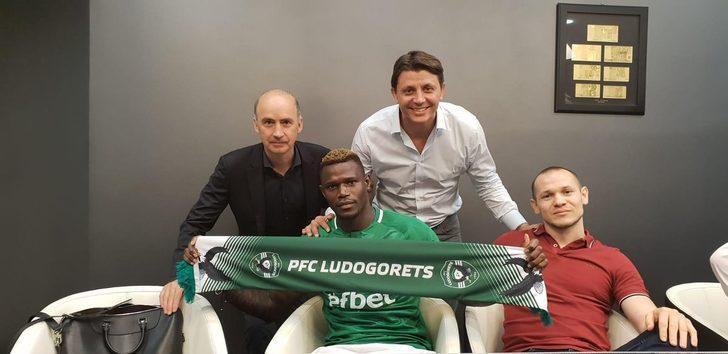 Stephane Badji Bursaspor'dan ayrılıp Ludogorets'e transfer oldu