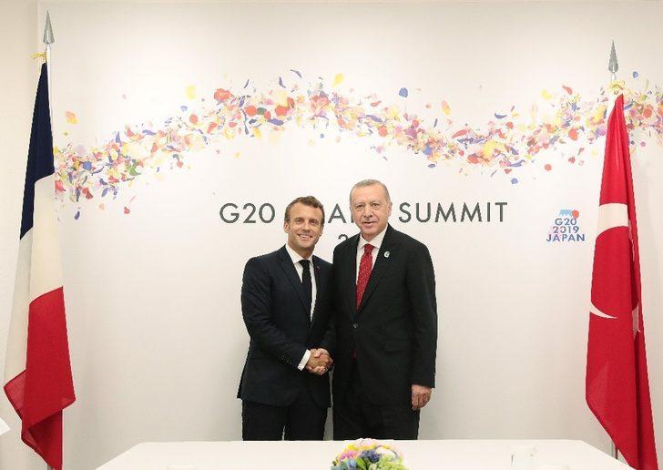 Erdoğan, Fransız mevkidaşı ile bir araya geldi