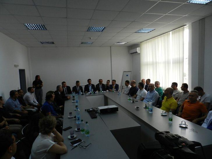 Kosova'da Türk doktorlar bir haftada 103 ameliyat gerçekleştirdi