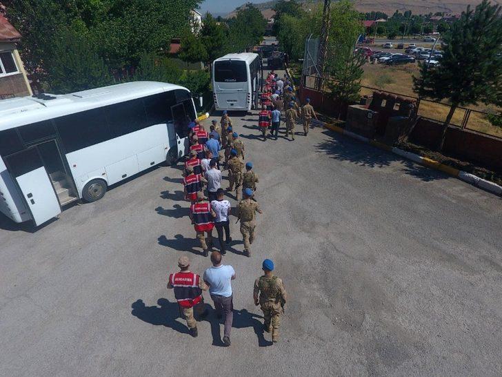 Bitlis merkezli göçmen kaçakçılığı operasyonu: 15 tutuklama