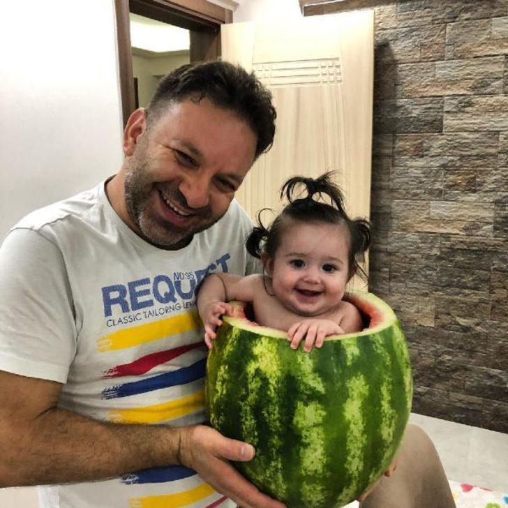 Bebeğini serinletmek için böyle bir yöntem buldu