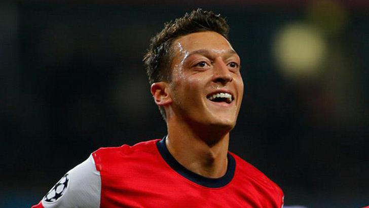 Mesut Özil için Arsenal'e teklif yok