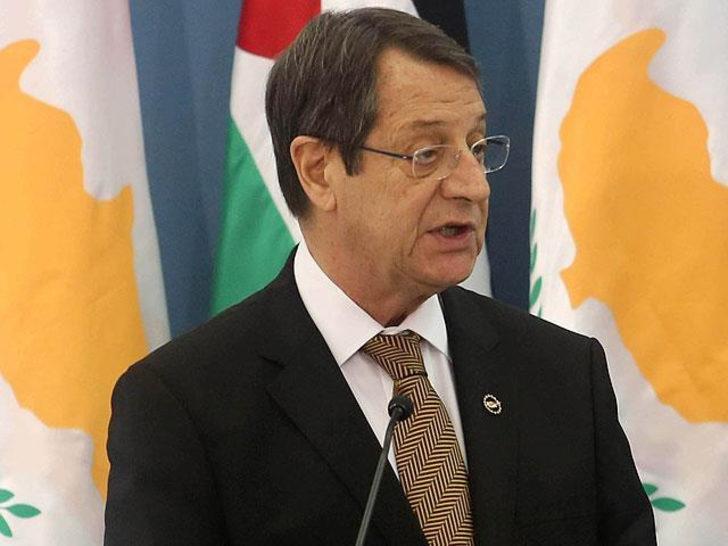 Rum lider Anastasiades'ten 'müzakere' açıklaması
