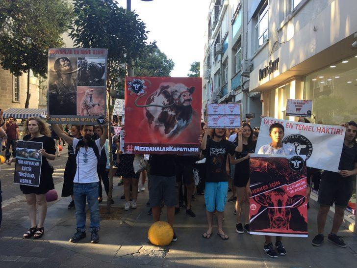 Kadıköy'de 'Mezbahalar kapatılsın' eylemi