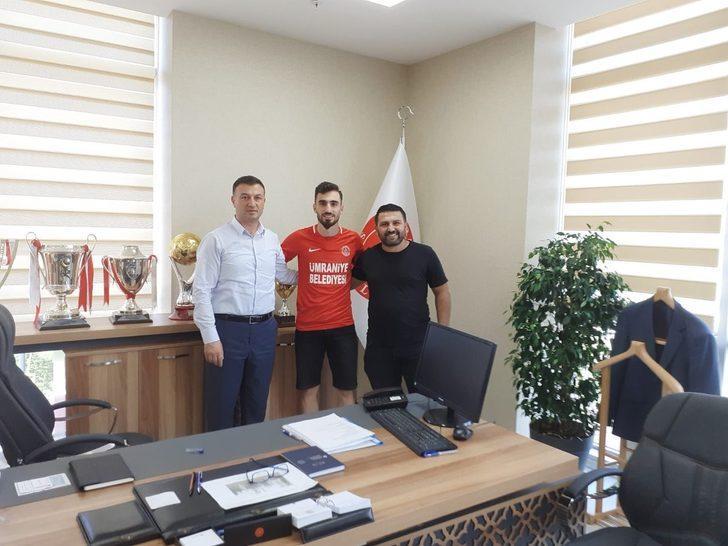 Ali Han Tunçer, Ümraniyespor'e transfer oldu