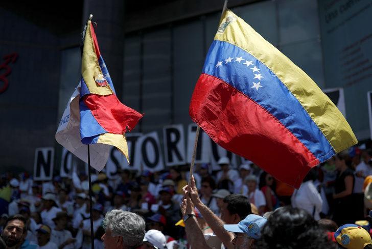 Venezuela'da Maduro ve Guaido arasında yeni temas