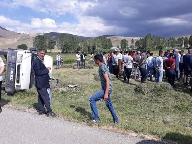 Özalp'ta  trafik kazası; 6 yaralı