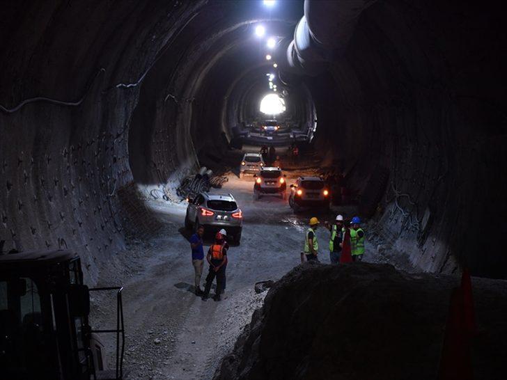 Honaz Tüneli'nde sona gelindi! 4 kenti birbirine bağlayacak