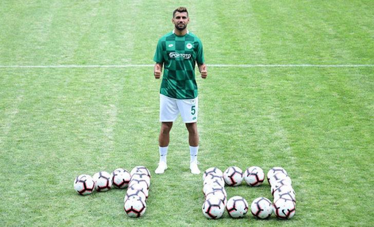 Selim Ay: Şampiyon olmak ve Şampiyonlar Ligi'nde oynamak istiyorum