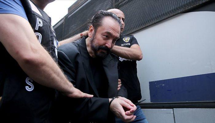 Adnan Oktar'ın maske inadı! Takmayınca mahkeme salonundan çıkarıldı