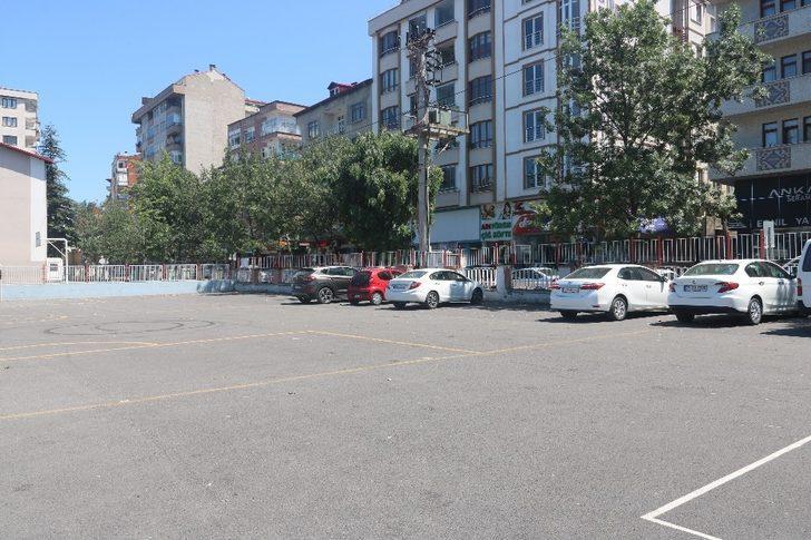 Akçaabat'ta yaz aylarında artan trafik ve otopark sorununa çözüm bulundu ama...