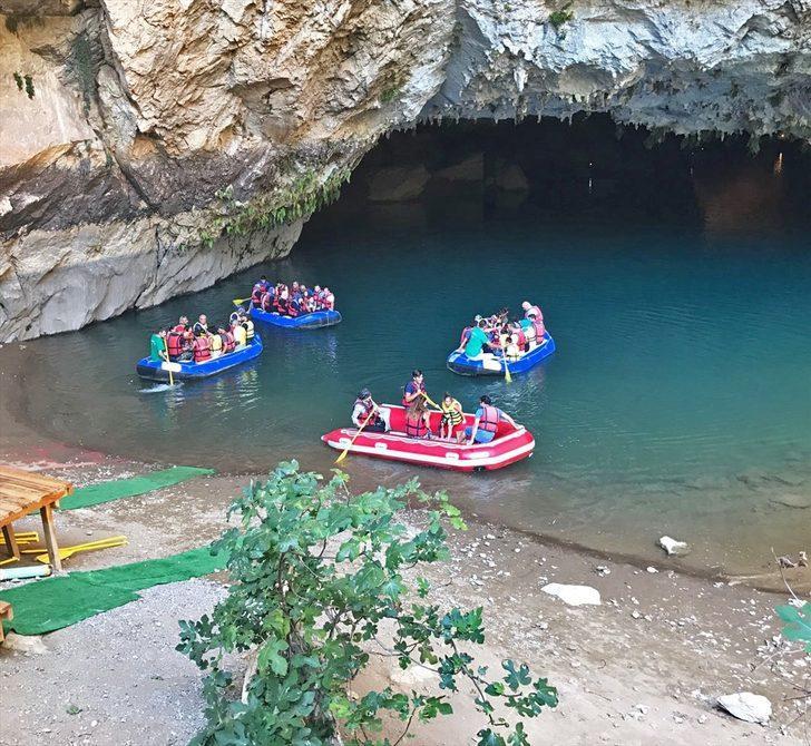 Altınbeşik Mağarası turistlerin ilgi odağı