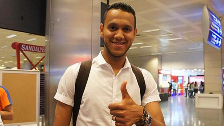 Galatasaray, eski Fenerbahçeli futbolcu Josef de Souza ile temasta
