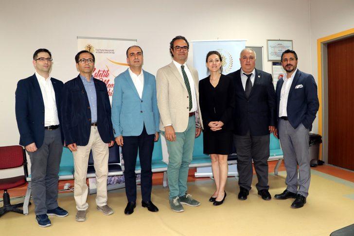 Türkiye'nin önemli plastik cerrahları Van'da