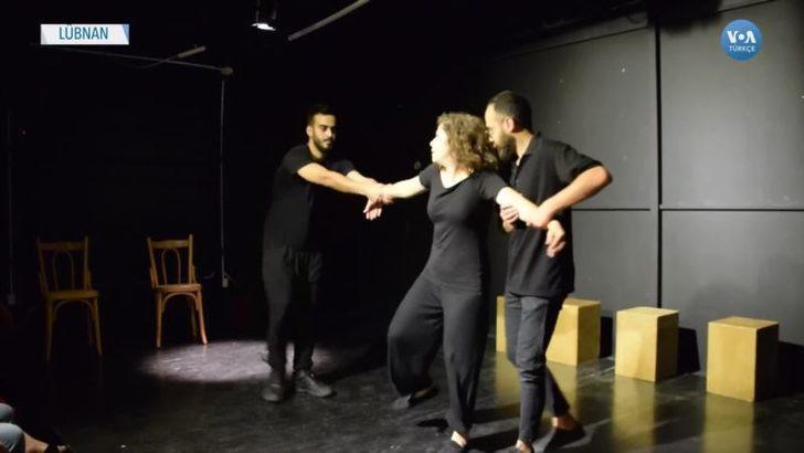 Lübnan'da Kadınların Sorunları Sahnede