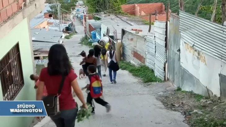 Venezuela'da Krizin Bedelini En Çok Ödeyenler: Yalnız Anneler