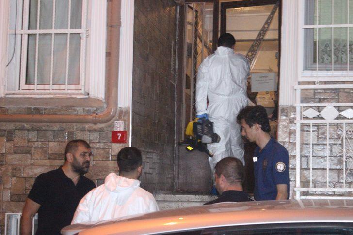 Daireye giren polis ekipleri vahşetle karşılaştı! İstanbul'da korkunç olay!