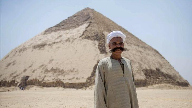 Mısır'da Bent piramidi ziyaretçilere açıldı